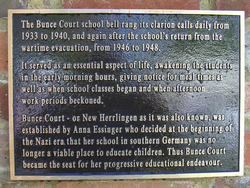 Bunce Court Plaque